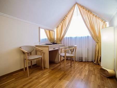 Отель Свитязь Улучшенный Стандарт Мансардный