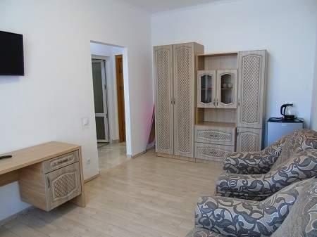 Санаторій Воєнний Трускавецький 2-кімнатний Люкс (2 корпус, новий)