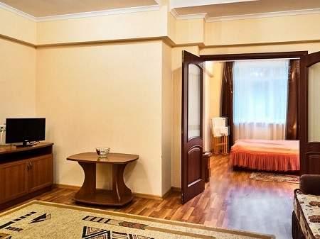 Cанаторий Хрустальный Дворец 2-комнатный Полулюкс (Корпус №1)