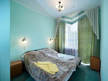 Cанаторий Хрустальный Дворец 2-комнатный Люкс (№2)