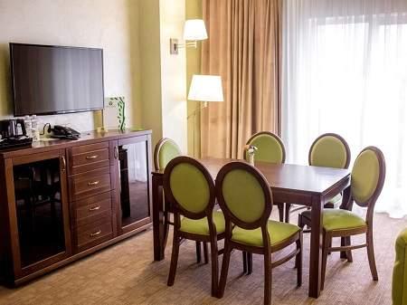 Отель Green Park Hotel Люкс Семейный