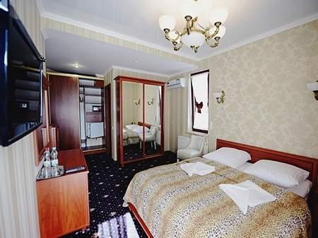 Готель Афродита Півлюкс