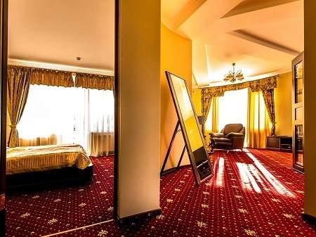 Готель Дворик Лева 2-кімнатний Люкс-Студіо
