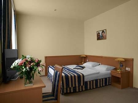 Отель Оскар Полулюкс