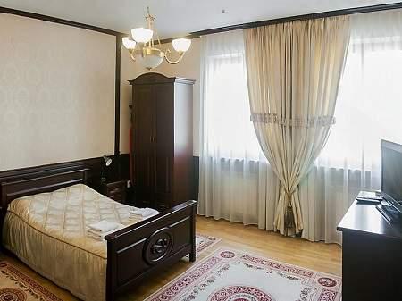 Готель Сенатор 1-кімнатний VIP