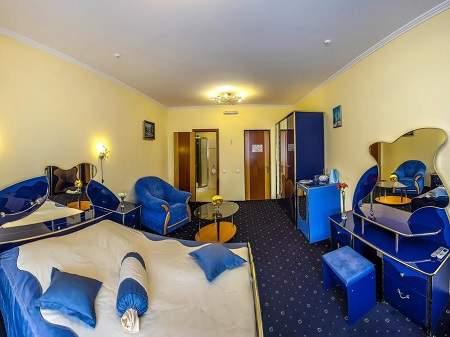 Отель Пятый Океан 1-комнатный Полулюкс