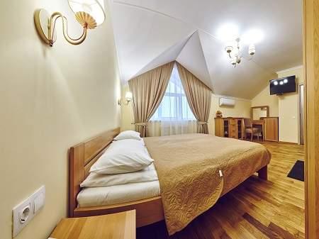 Отель Пятый Океан 1-комнатный Люкс