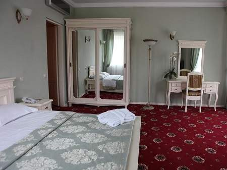 Готель Респект Апартаменти