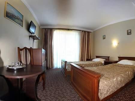 Готель Три Корони Стандарт Twin