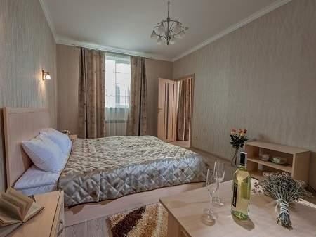 Готель Богдан De Luxe