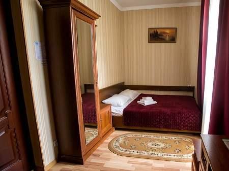 Отель Виват 1-местный Стандарт