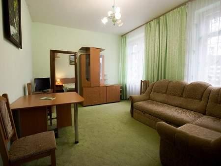 Санаторий Квитка Полонины 2-комнатный (1 этаж)