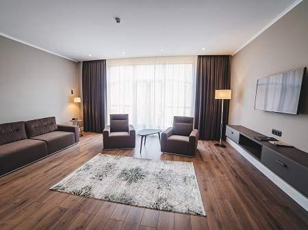Готель Ірис Lux