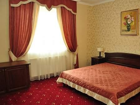 Отель Жайворонок Полулюкс (корпус А)