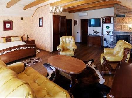 Отель Золотая Гора Винный домик