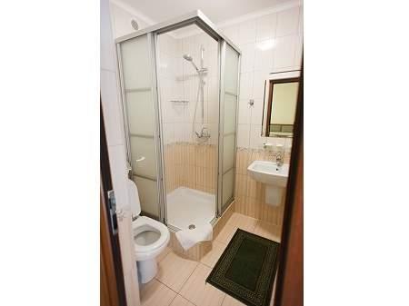 Готель Чорна Гора 2-місний Напівлюкс