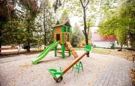 Готель Весна дитяча площадка