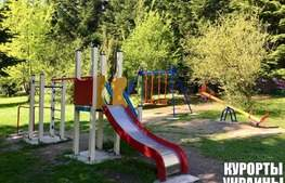 Санаторий Кристалл детская площадка